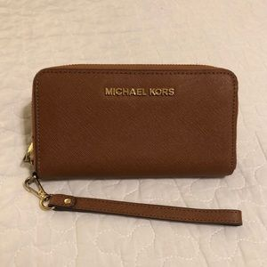 Michael Kors Jet Set Leather Wallet